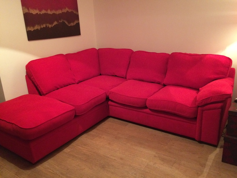 Beautiful Corner Sofa Bright Red Very Good Condition For Sale In Hereford Beautiful Corner